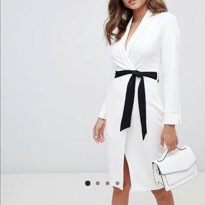 ELEGANT white fitted dress